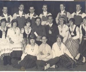 Dejotāju gruoa Madonas vidusskolā 1920. gadu  vidū