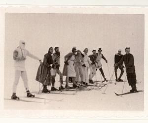 Slēpotāju karnevāls Gaiziņkalnā, 1930. gadu beigas