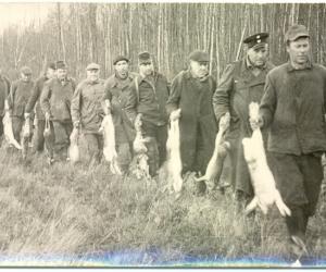 Saikavas mednieki ap 1970. g.