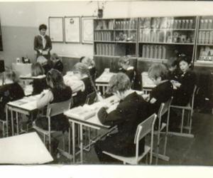 Darbmācības stunda Praulienas skolā, 1985. g. E. Kļaviņš