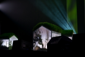 Laiks Ziedonim skatuves scenografija_majinas_foto Margarita Germane.jpg